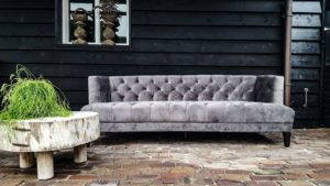 Velvet Chesterfield Bank Grijs